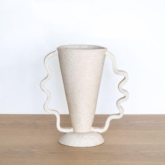 Stretch Vase, Sand