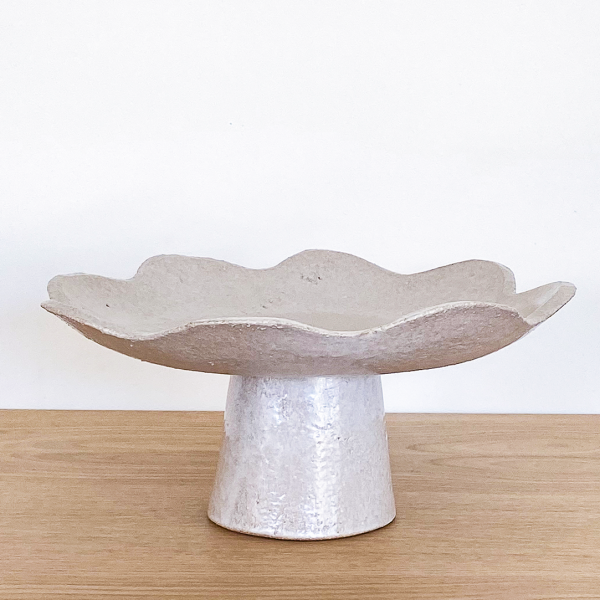Ceramic Scalloped Footed Bowl